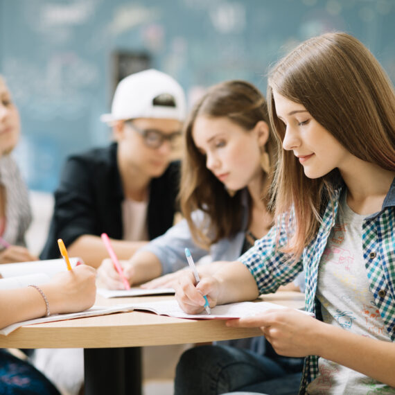 Bülow90 Jugendliche lernen